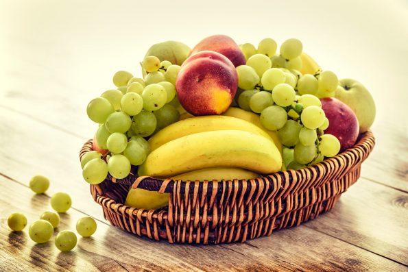 Cara membuat parcel buah sendiri di rumah untuk kado natal.