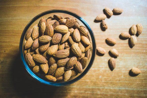 Manfaat almond milk untuk kesehatan