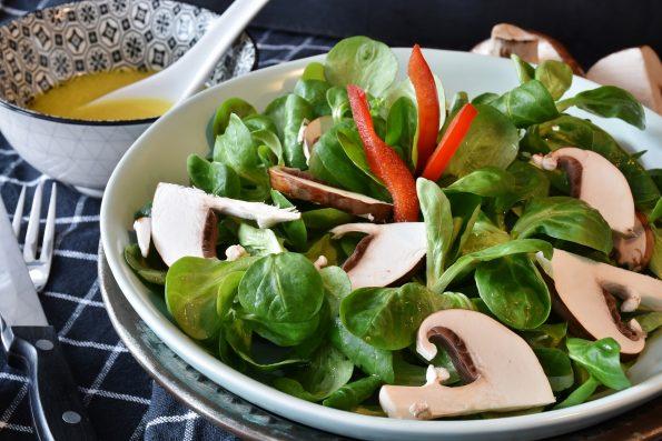 Cara Membuat Salad Sayur Sederhana