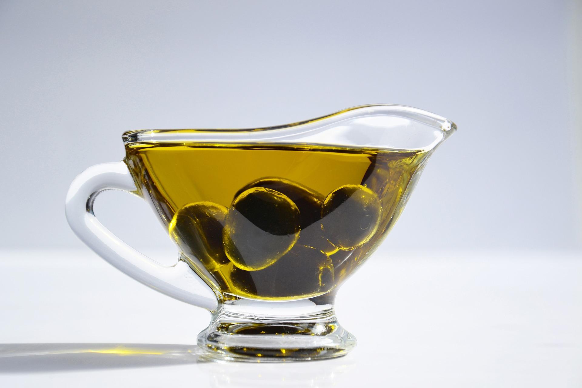 Ini 9 Cara Menggunakan Olive Oil Untuk Wajah Dan Rambut Yang Wajib Kamu Coba Blog Sayurbox