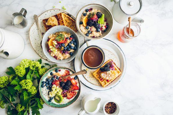 Tetap Sehat Konsumsi 9 Makanan Bergizi Untuk Ibu Hamil Dan